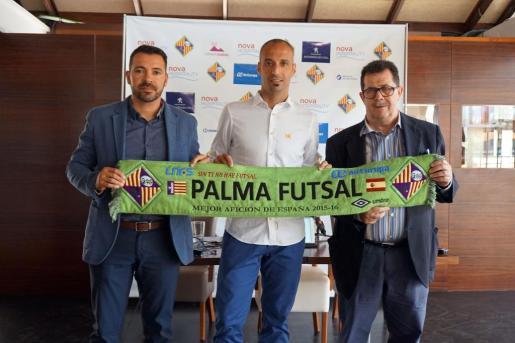Miquel Jaume, Antonio Vadillo y José Tirado, durante la presentación.