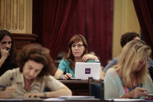 Laura Camargo en el Parlament.