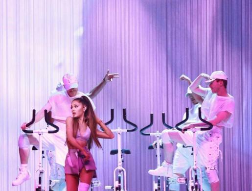 La cantante norteamericana Ariana Grande durante uno de sus conciertos.