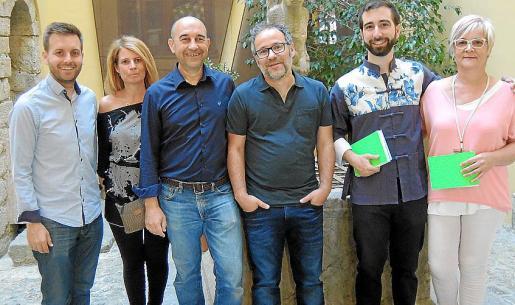 Andreu Villalonga, Mari Pau Ruiz, Xavier Fornés, Alfredo Sarabia, Lluís Vidaña y Magdalena Moyà.