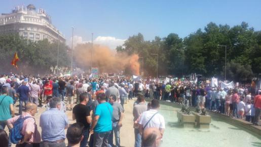 Imagen de un momento de la manifestación de los taxista en Atocha.