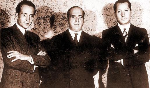 Ruiz de Alda, en el centro, con Valdecasas y Primo de Rivera, cofundadores de la Falange.