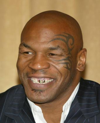 Mike Tyson, ahora bailarín.