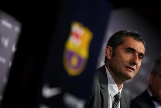 Ernesto Valverde durante su presentación como entrenador del FC Barcelona.