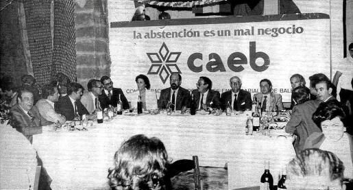 La campaña de CAEB para fomentar el voto en las primeras elecciones democráticas.