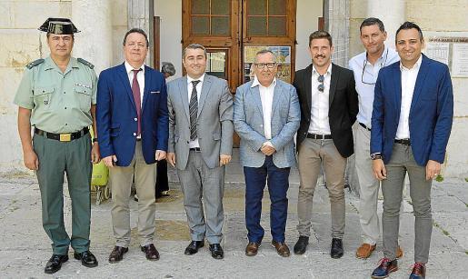 Antonio Mateo, Rafel Torres, Virgilio Moreno, Antelm Ferratjans, Antoni Peña, Gori Ferrà y Jaume Tortella.