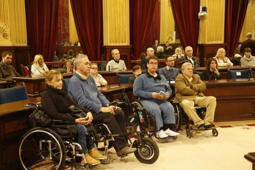 Imagen de un pleno del Parlament, con motivo del Día de las Personas con Discapacidad.