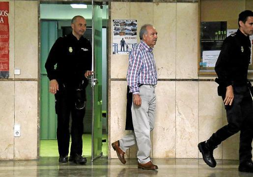 José Tirado ingresó en prisión provisional tras ser detenido en la causa.