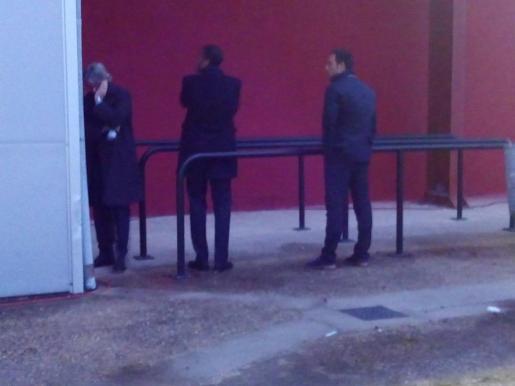 Maheta Molango, Javier Recio y Monti Galmés, desolados tras confirmarse el descenso a Segunda B.