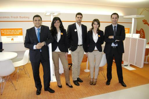 Daniel Llano, Catina Pascual, Jose Luis Díaz, Irma Mahmutaj y Alex Pomares, el equipo de ING.