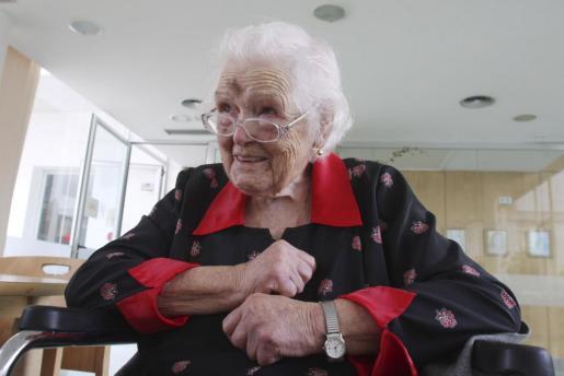 La docente, cuando cumplió 107 años.