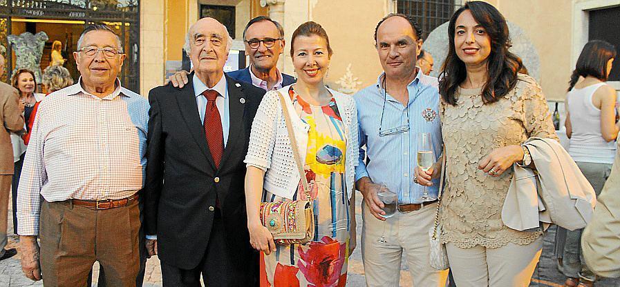 Cóctel solidario en el Palau March
