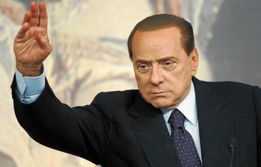 Silvio Berlusconi en su comparecencia ante los medios en la Presidencia del Gobierno.