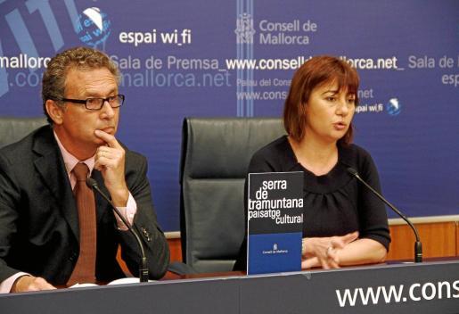 Jaume Garau y Francina Armengol en la conferencia de prensa de ayer.