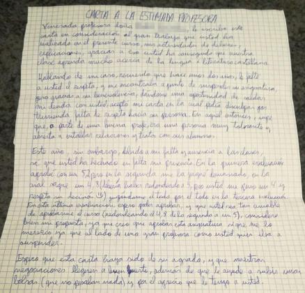 Esta es la carta que el alumno hizo llegar a su profesora para darle 'más razones' para su aprobado.