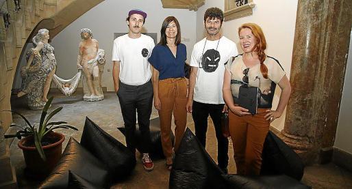 Grip Face, Pilar Rubio, Jordi Pallarès y Magda Albis.