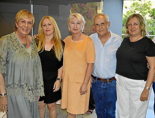 Celia Velasco, Mari Carmen Gómez, Maria José Rodríguez, Tomeu Vidal y Victoria Fullana.