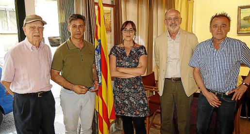 Eugeni Estarellas, Tesio Pons, Joana Soto, Josep Maria Quintana y Aureli Salvador.