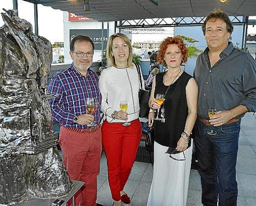 Bernardo Coll, Yulina Shavalda, Malena Matas y Rafel Bonnín.