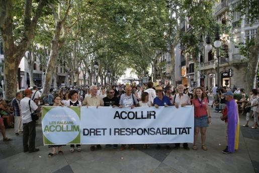 Momento de la manifestación organizada por la plataforma 'Les Balears Acollim'