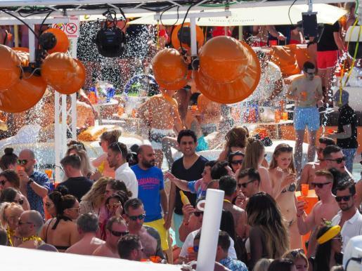 Imagen de archivo de la apertura de la temporada 2017 de Ocean Beach Ibiza.