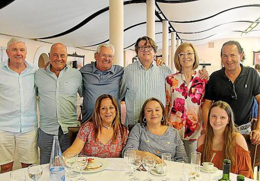 Edward North, Howard Gadd, Andreu Gelabert, Antònia Munar, Pep Carbonell, Camila Capó, Leslie Gelabert, Joan Parera y Lluc Carbonell.