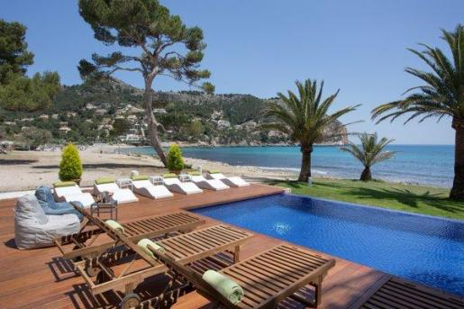 El hotel Melbeach, en Canyamel, ha sido elegido entre los mejores hoteles de playa de España por Tribago.