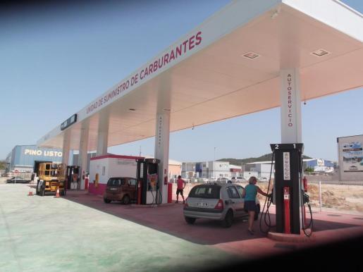 Gasolinera en el polígono de Son Bugadelles.