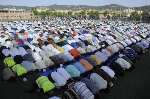 Son Moix ha acogido el final del Ramadán en Palma.