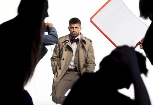 El jugador del FC Barcelona Gerard Piqué ha firmado un contrato con la marca de moda masculina Mango para convertirse en la nueva imagen de H.E. by Mango.