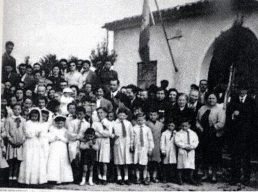 Imagen de una escuela rural en la zona de Inca durante la época de la República.