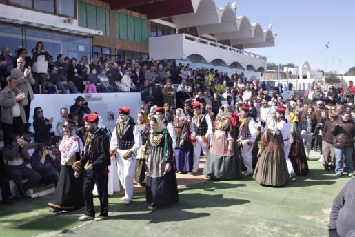 La cultura popular és la protagonista de la celebració del Dia de les Illes Balears a Eivissa.