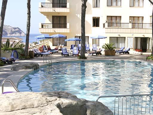 Imagen del exterior del Hotel Bella Playa.