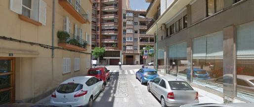 El intento de atropello se produjo en la intersección de las calles Pare Ventura y Joan Alcover de Palma.