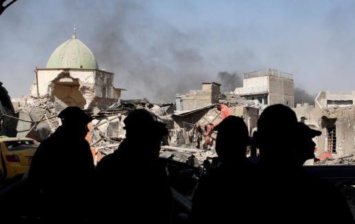 Imagen de las ruinas de la mezquita de Al Nuri, donde Al Baghdadi pronunció uno de sus sermones cuyas imágenes se difundieron por todo el mundo.