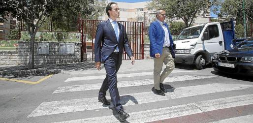 Alvaro Gijón y su familia niegan que usaran sus empresas para blanquear un soborno.