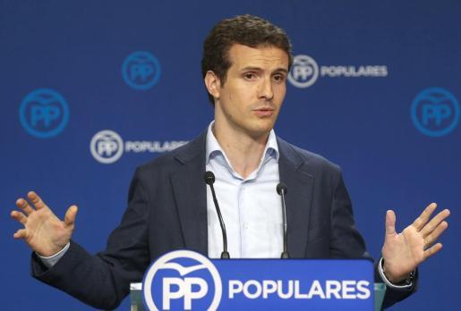El vicesecretario de Comunicación popular ha comentado con dureza el relevo en el govern catalán.
