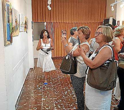 Inauguración de la exposición de pintura.