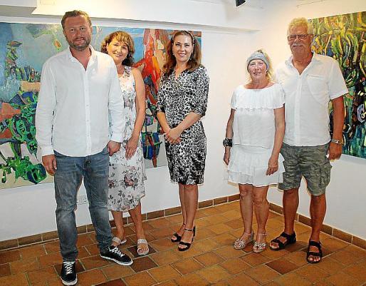 Andrei Shchurok, Irina Pesnikevich, Viktoria Lezhnechenko, Anna Lisa Eller y Antoni Van Breukelen.