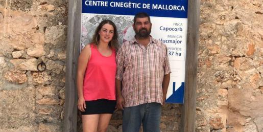 Xisca Capó, vicepresidenta, y Pedro Bestard, presidente de la Federación Balear de Caza.