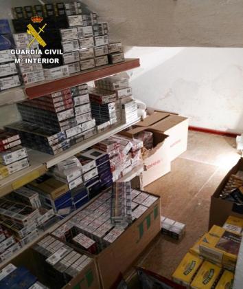 Imagen de las cajetillas de tabaco intervenidas por la Guardia Civil.