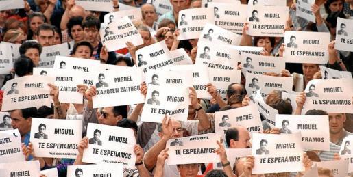 Una de las cientos de manifestaciones que se celebraron en todo el país pidiendo la liberación del joven político.