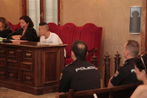 El acusado C.G.V.G., de 24 años, durante el juicio.