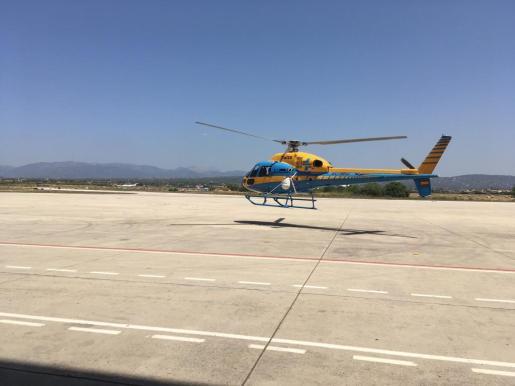 Imagen del helicóptero de la DGT desplazado a Baleares.