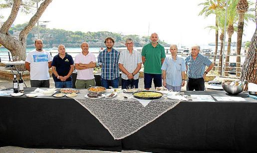 Los restauradores y vinateros presentaron los platos y vinos.
