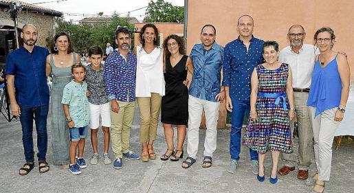 Celestí, Mireia, Llorenç, Josep, Joan Antoni y Teresa Majoral, Ruth Troyano, Andreu Majoral, Pere Matemales, Antònia Mulet, Andreu Majoral y Joana Majoral.