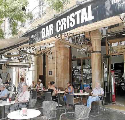 Aspecto del bar Cristal, de Palma, en la mañana de este jueves.
