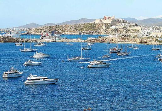 Los meses de julio y agosto son losmás demandados para los clientes de chárter náutico.