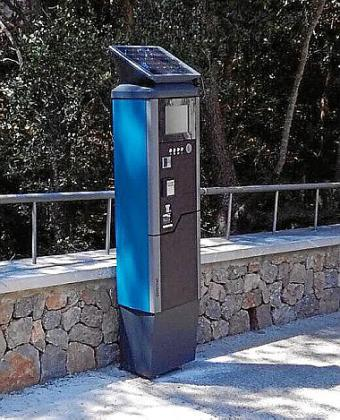 En la Calobra hay que pagar por aparcar incluso en invierno.