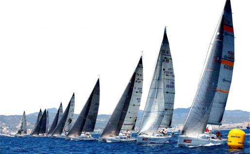 Imagen de archivo de los veleros durante la Copa del Rey.